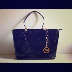 Authentic Michael Kors Jet Set Chain Tote Bag